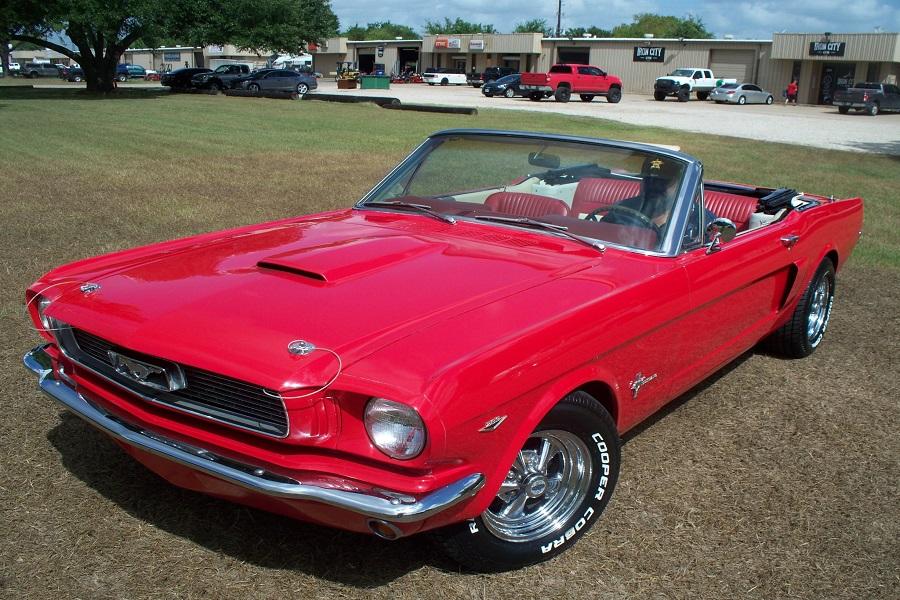 Houston's #1 Used Mustang Dealer!